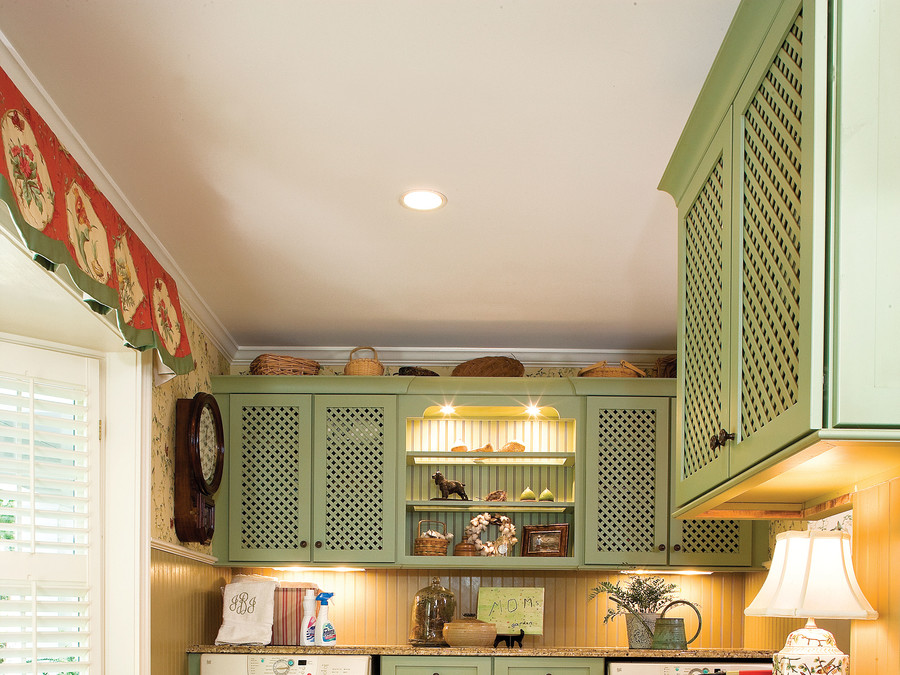 Lattice Cupboards - Vintage Style Trends | The Thrifty Decorator